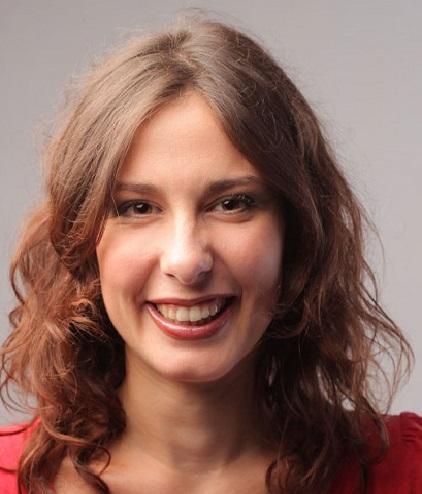 Samantha - Titulo de transportista de Viajeros en Madrid
